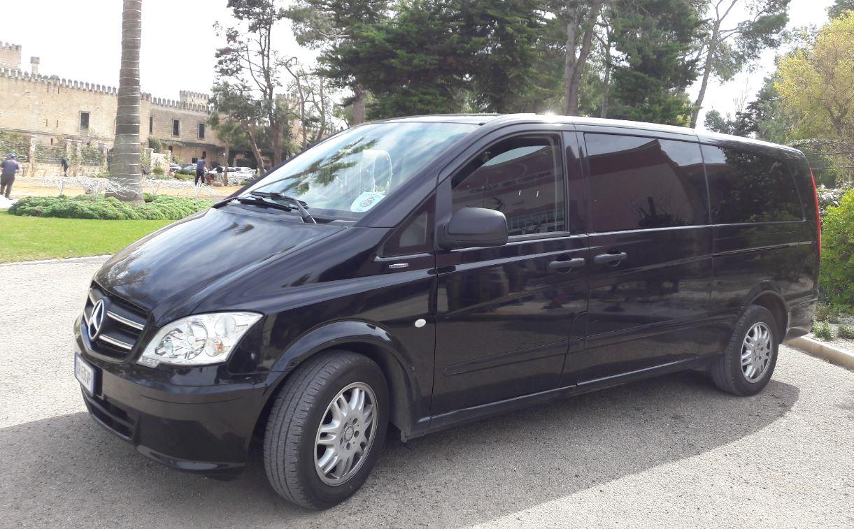 Limo Service Puglia noleggio con conducente