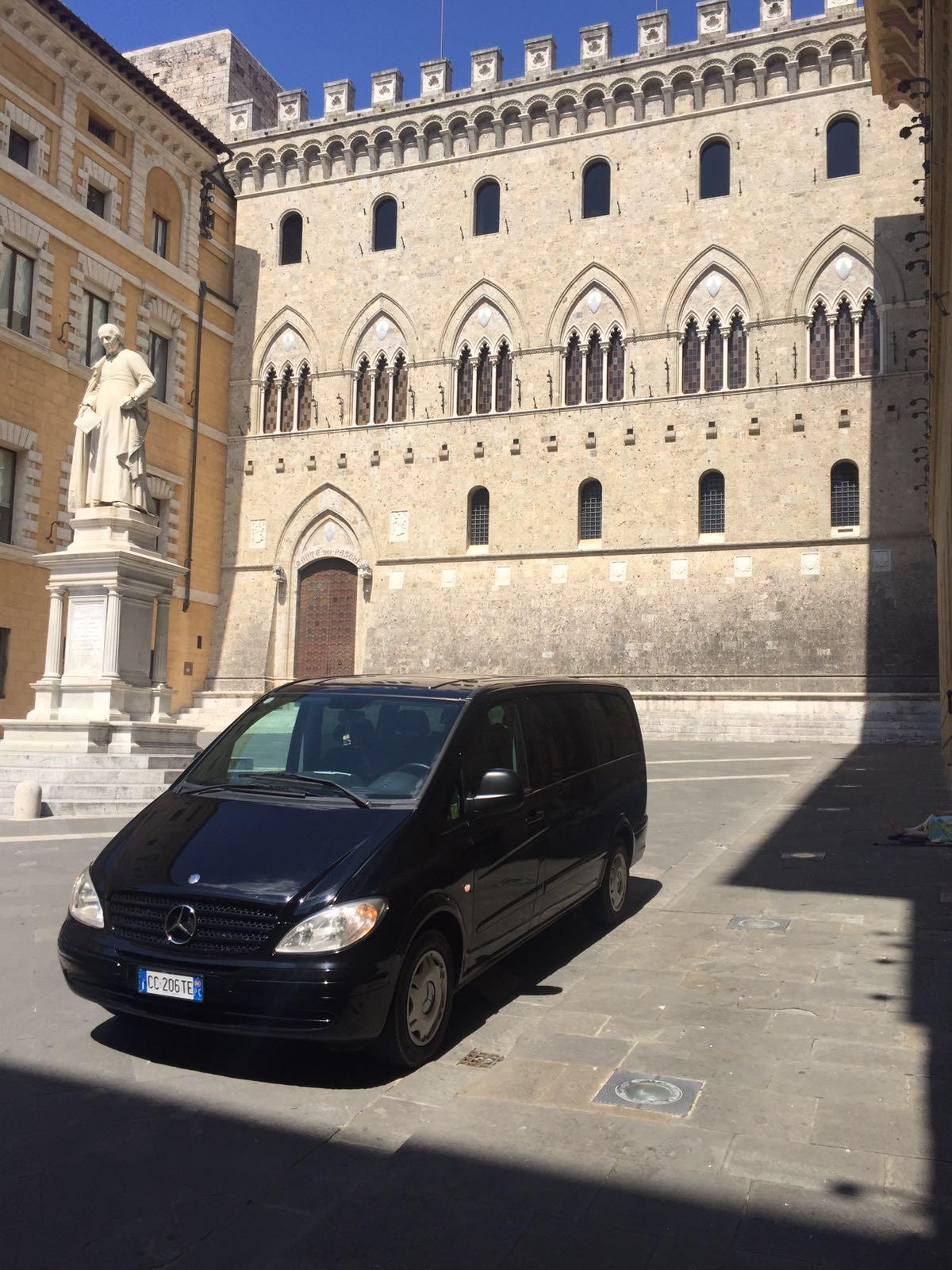 Francesco Tour noleggio con conducente